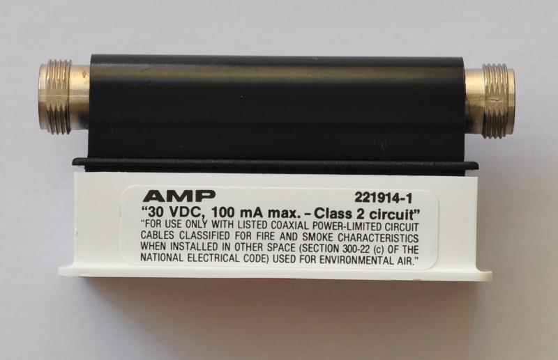 AMP 221914-1 in original packaging