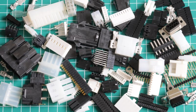 10 contacts Dupont Male Connector 2.54mm Plug Socket Arduino Cable PC 2,5 M